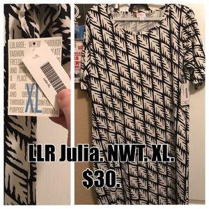 Lularoe Julia XL